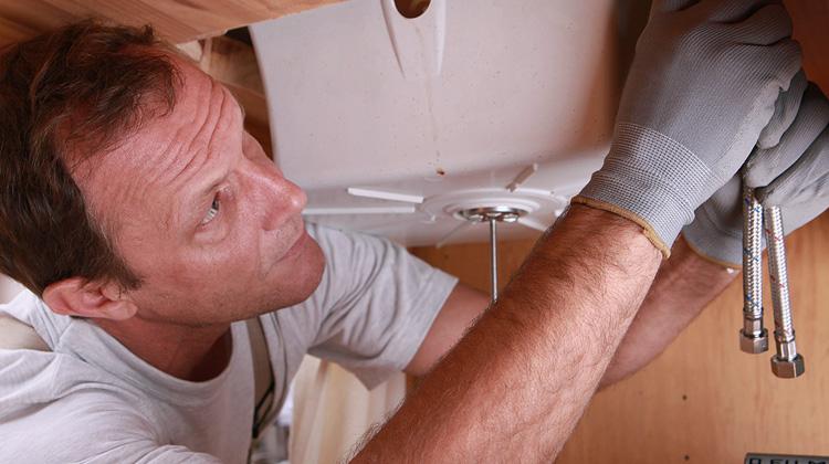 Ако сте решили да предприемете ремоделиране на банята, поздравления! Обновяването на банята може да направи вашия дом по-привлекателен и да ви даде шанс да преосмислите оформлението, така че вашата баня да има смисъл за вашия начин на живот. Все пак предприемането на всеки проект за ремоделиране е голяма работа и е важно да го направим […]
