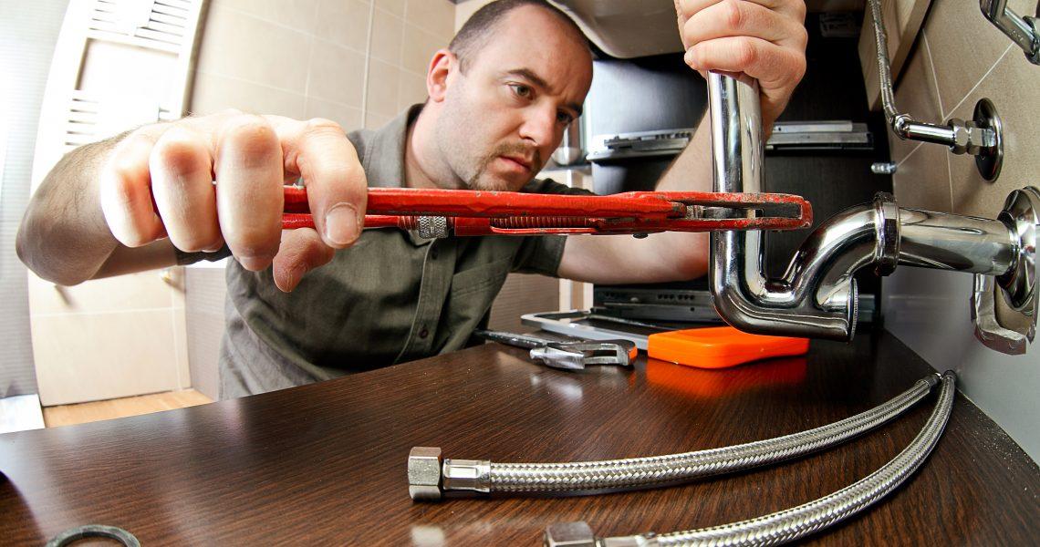Подготвен ли сте за спешна помощ при запушване на водопровода?