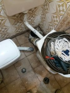 отпушване на тоалетна в софия