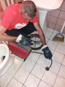 машинно отпишване на сифон на тоалетна в софия